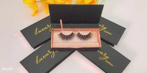 luxury lash box